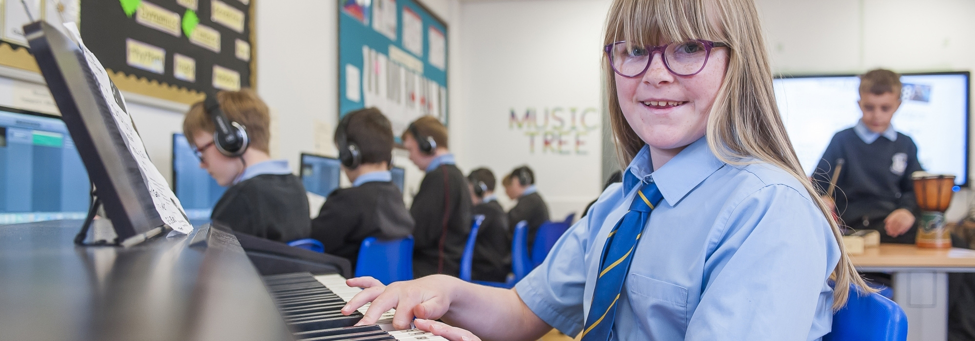 Pupils in music class at Oakwood Academy